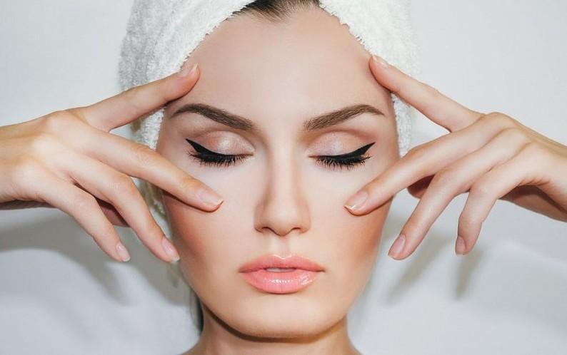 Этапы, в которые проводится очистка кожи лица