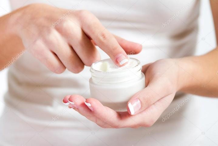 нанесения крема на руки