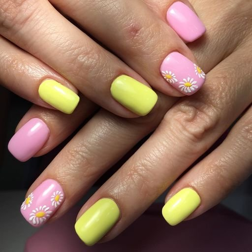 Неоновый желтый цвет и розовый лак в маникюре с ромашками