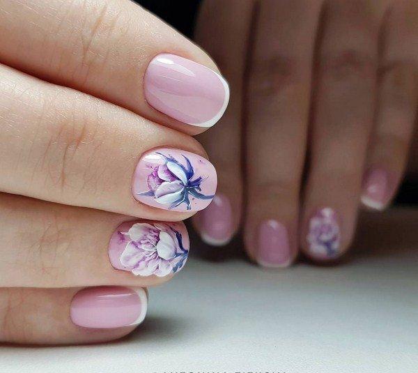 Рисунок пиононов на ногтях