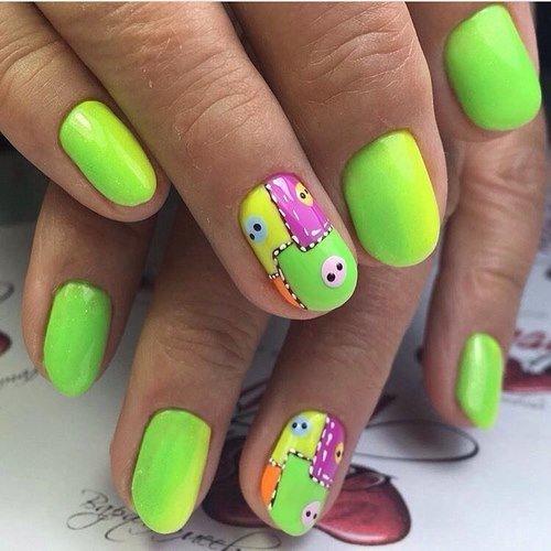 Салатовый цвет в дизайне коротких ногтей