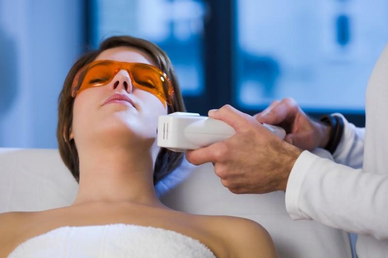 Фототерапия – косметологическая методика