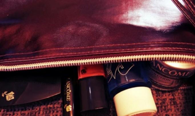 Необходимые вещи в косметичке