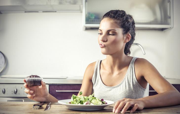 Как женские гормоны влияют на похудение
