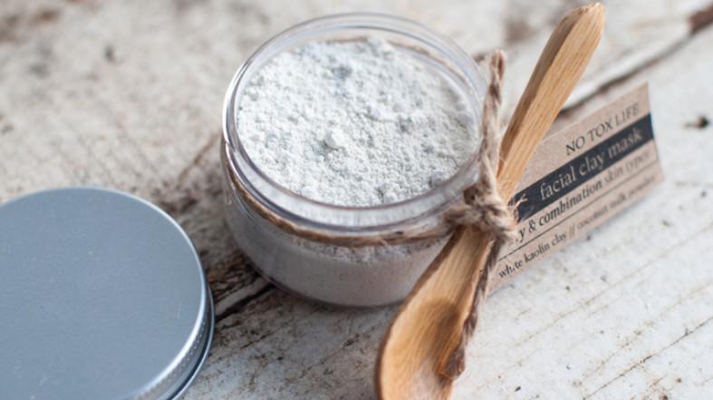 Маски для волос из белой глины