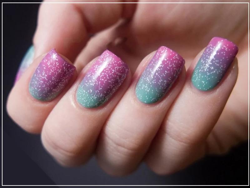 Стильный градиент на обрезные ногти