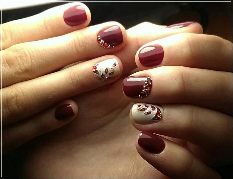 Бордовый дизайн ногтей цвета марсала на короткие ногти
