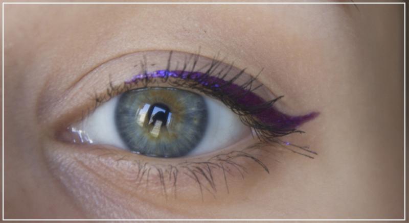 Макияж глаз подводкой Long Lasting Eyeliner 002