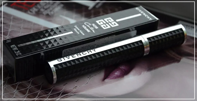 Givenchy Noir Couture Volume