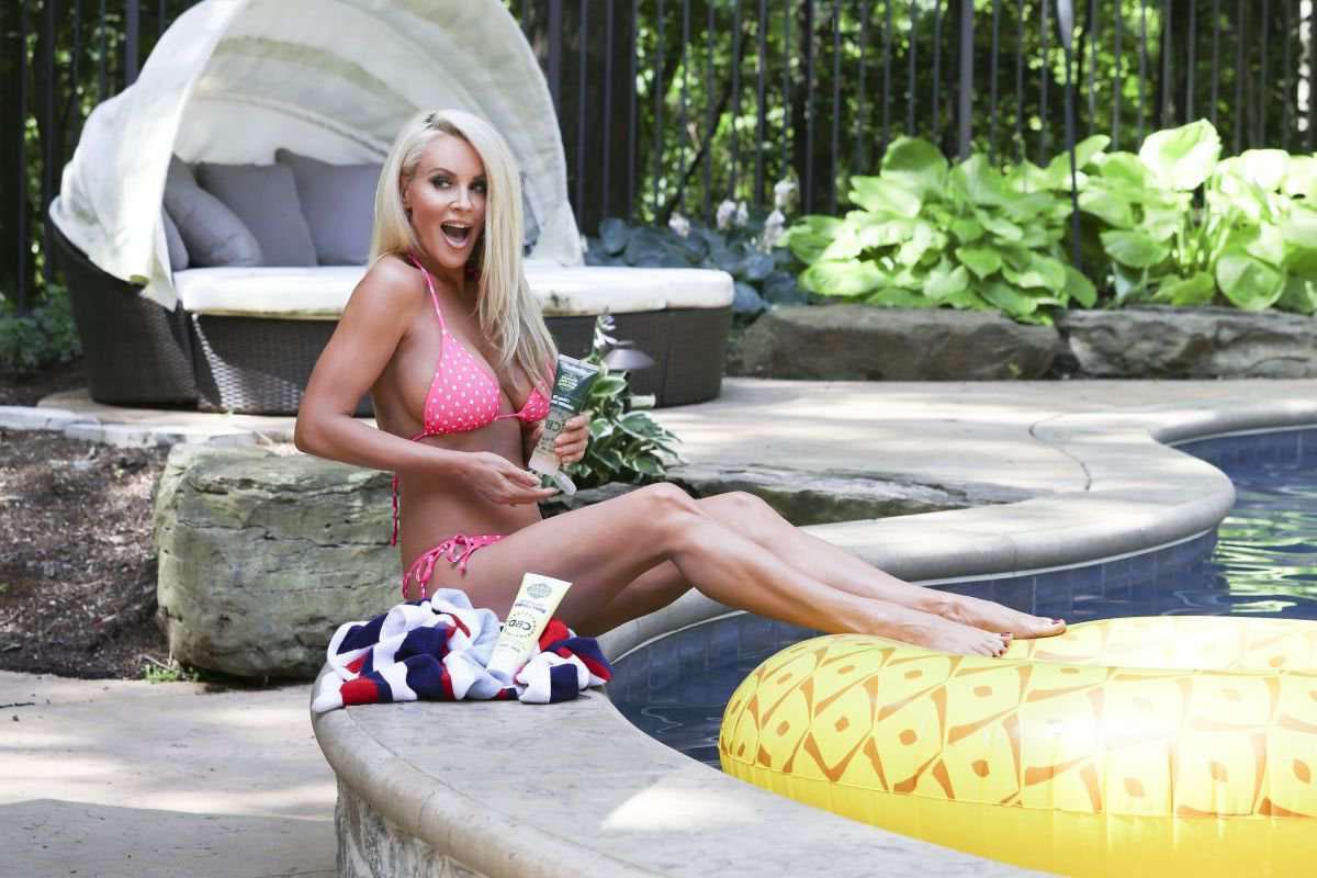 Дженни Маккарти (Jenny McCarthy): фото в купальнике