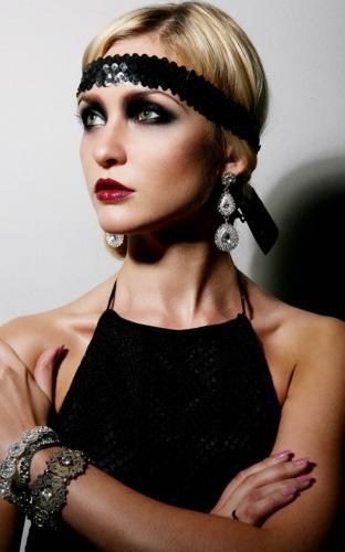Потрясающая растушевка темных теней в макияже