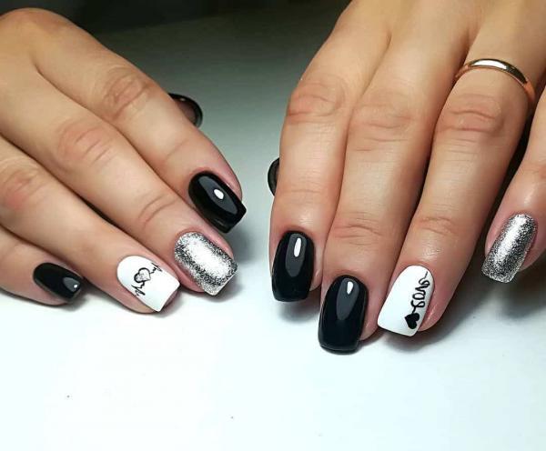 Белый черный маникюр