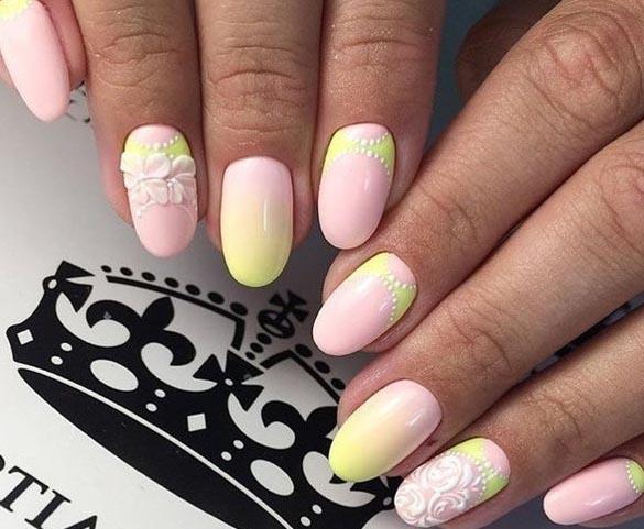 Желто-розовый дизайн ногтей