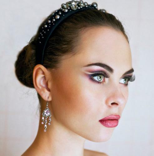 Классический макияж для зелёных глаз