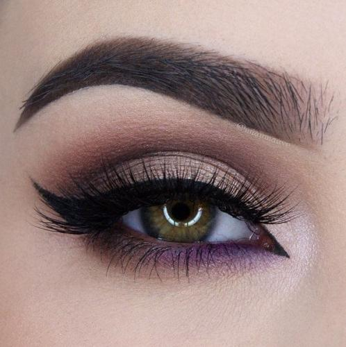 Макияж для глаз с использованием лилового акцента