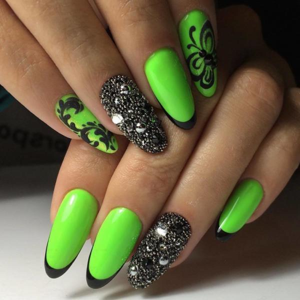 Яркий зеленый френч