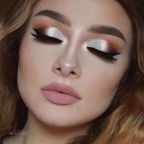 Ночной макияж красотки