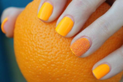 Ногти оранжевого цвета