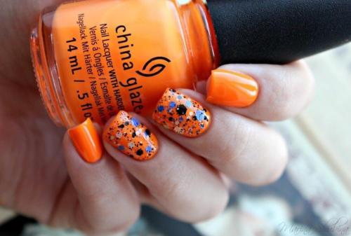 Фото оранжевых ногтей