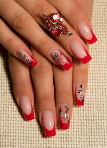 Красно-бежевые ногти