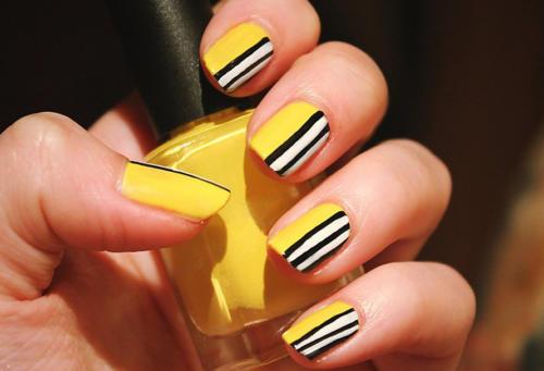 Сочетание желтого, черного и белого