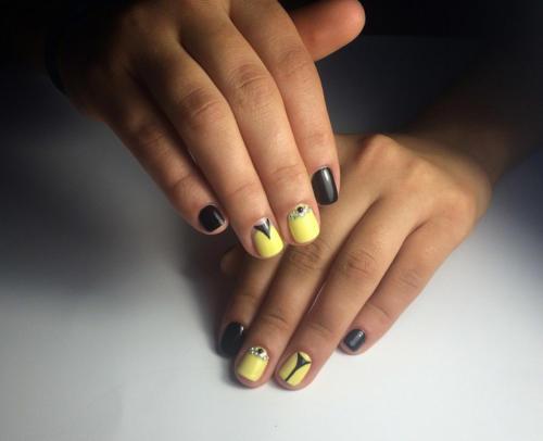 Желто-черное сочетание