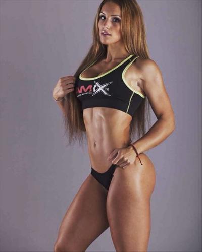 Nikola Weiterova fitness 4