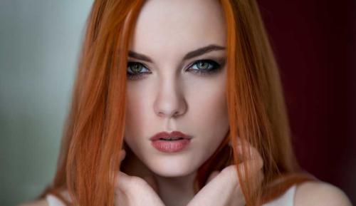 redhead-grey-eyes01