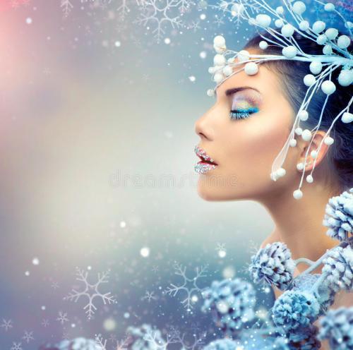 winter-beauty-woman-christmas-girl-makeup-35326122